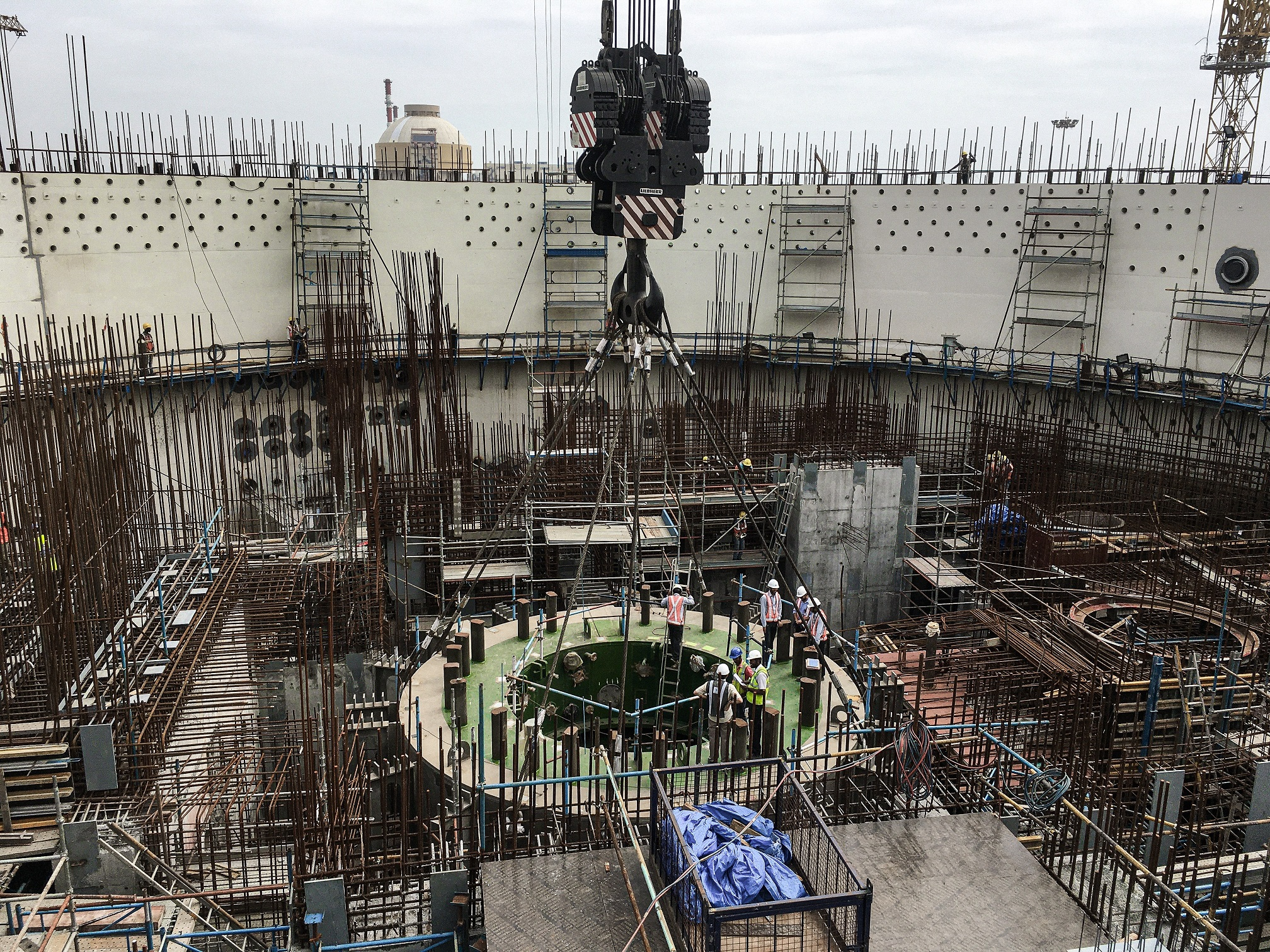 Cantilever-truss of the molten core catcher has been installed at Kudankulam NPP Power Unit 3